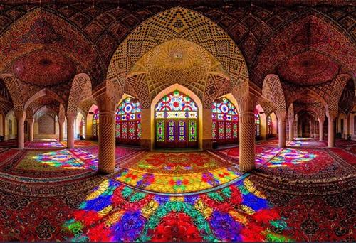 دانلود تحقیق آماده با عنوان معماری و هنر ایرانی در جهان اسلام