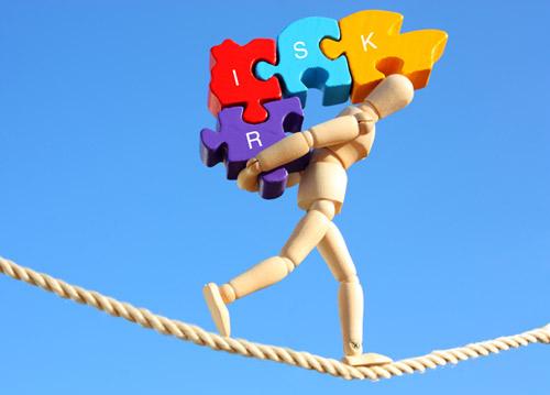 پاورپوینت با موضوع نحوه محاسبه ریسک کنترل در حسابداری